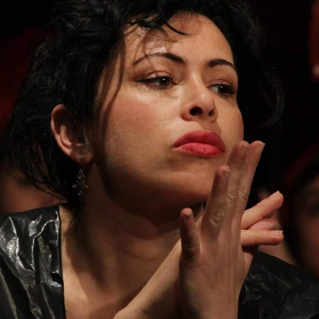 foto mia a teatro recitando in Caligola